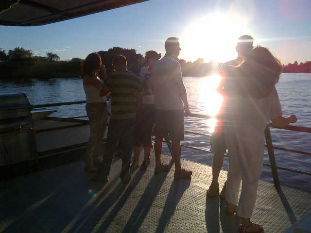 Teambuilding Fun on the Vaal River